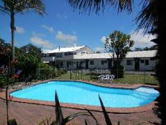 Pukenui Lodge Motel and Backpackers   New Zealand Hotels Deals