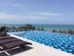 Grand Beach Condominium | Thailand Cheap Hotels