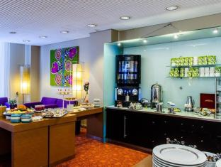 Radisson Blu Royal Hotel Helsinki Helsinki - Meeting Area Lobby