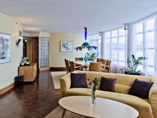 Radisson Blu Royal Hotel Helsinki Helsinki - Presidential Suites Living Room