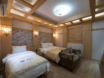 Benhur Hotel: guest room
