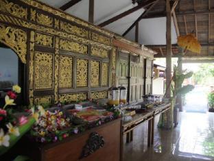 Gazebo Beach Hotel Bali - Buffet