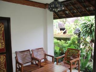 Gazebo Beach Hotel Bali - Balcony/Terrace