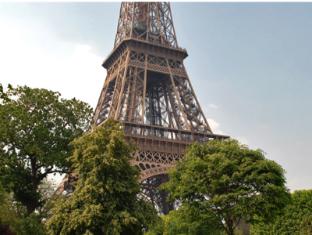 Hotel Yllen Eiffel Paris - View