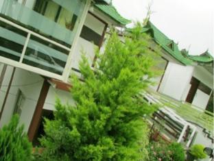 /green-trees-resort/hotel/munnar-in.html?asq=jGXBHFvRg5Z51Emf%2fbXG4w%3d%3d