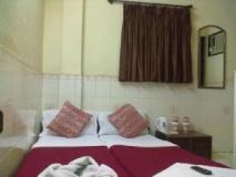Good Luck Guest House: guest room