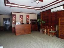 Golden Parasol Luangprabnag Hotel: reception