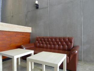 Pukpon Hostel