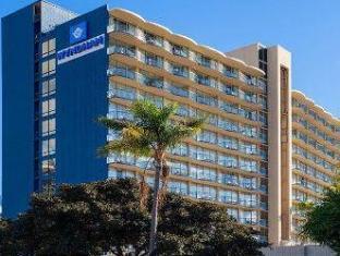 /vi-vn/wyndham-san-diego-bayside/hotel/san-diego-ca-us.html?asq=vrkGgIUsL%2bbahMd1T3QaFc8vtOD6pz9C2Mlrix6aGww%3d