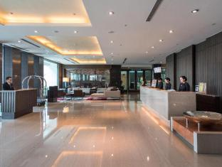 Taipung Suites Hotel Tainan - Empfangshalle