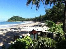 Yoma Cherry Lodge: beach