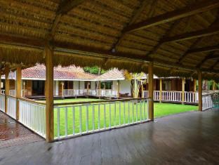 Lambton Private Beach Villa