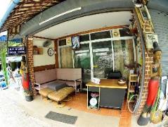 Blue Diamond Dorm Room Hostel Thailand