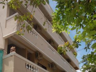 /ram-n-residency/hotel/pondicherry-in.html?asq=jGXBHFvRg5Z51Emf%2fbXG4w%3d%3d
