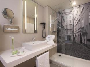 NH Collection Wien Zentrum Vienna - Bathroom