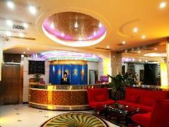 Chengdu Junyi Hotel Linglong Branch | Hotel in Chengdu