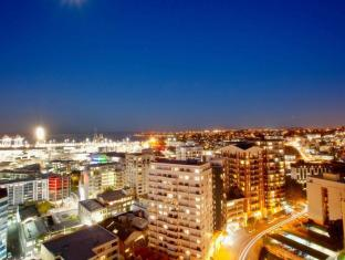 The Quadrant Hotel & Suites Auckland - View
