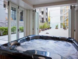 The Quadrant Hotel & Suites Auckland - Hot Tub