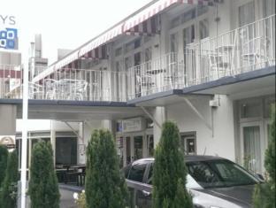 贝利汽车旅馆