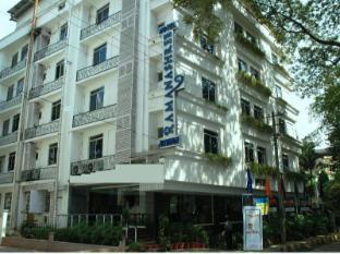 Ramanashree Brunton Hotel