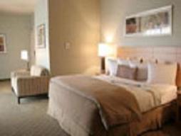 Suite Solitaire (Tanpa Biaya Resor)