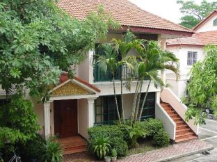 Imperial Garden Villa & Hotel Phnom Penh - Deluxe Suite