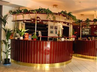 Polus Hotel Budapest - Reception