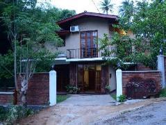 Veraima Kandy Hotel | Sri Lanka Budget Hotels