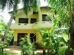 Moreena Homestay | Sri Lanka Budget Hotels