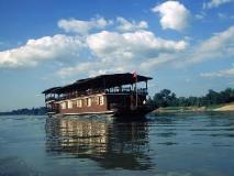Vat Phou Mekong Cruise: interior