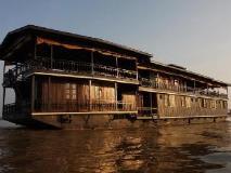 Vat Phou Mekong Cruise: exterior