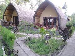Bollata Bintang Beach Hotel Indonesia