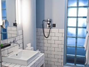 Hotel Ku'Damm 101 Берлин - Ванная комната