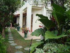 Namesh Hotel   Sri Lanka Budget Hotels