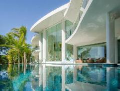One Oceanview Luxury Accommodation