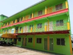 Punyawat Court Apartments | Thailand Cheap Hotels