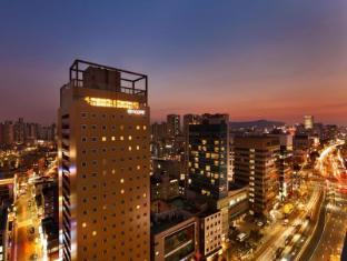 /tr-tr/ramada-encore-seoul-dongdaemun-hotel/hotel/seoul-kr.html?asq=jGXBHFvRg5Z51Emf%2fbXG4w%3d%3d