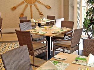 Emerald Garden Hotel Medan - Restoran