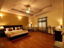 OYO Rooms Airport Link Apartments: guest room