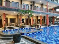Holiday Beach Inn | Indonesia Hotel