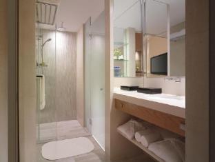 New World Shanghai Hotel Shanghai - Residence Club Room Bathroom