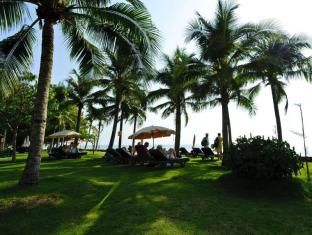 Grand Pacific Sovereign Resort & Spa Hua Hin / Cha-am - Beach