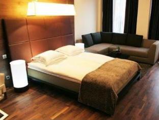 /hu-hu/glo-hotel-kluuvi/hotel/helsinki-fi.html?asq=m%2fbyhfkMbKpCH%2fFCE136qdm1q16ZeQ%2fkuBoHKcjea5pliuCUD2ngddbz6tt1P05j
