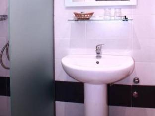 Apollo Hotel Athens - Bathroom