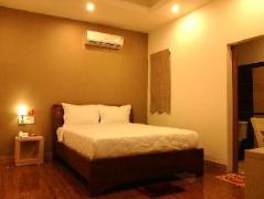 Mi Lan Hotel | Vietnam Budget Hotels