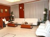 Pan Gulf Hotel Suites: lobby