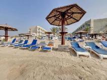 Beach Hotel Sharjah: beach