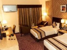 Fortune Karama Hotel: guest room
