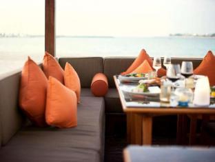 Emirates Palace Hotel Abu Dhabi - BBQ Al Qasr Beach View