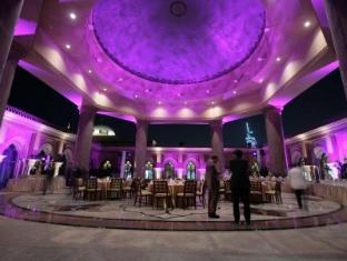 Emirates Palace Hotel Abu Dhabi - Oriental Cafe